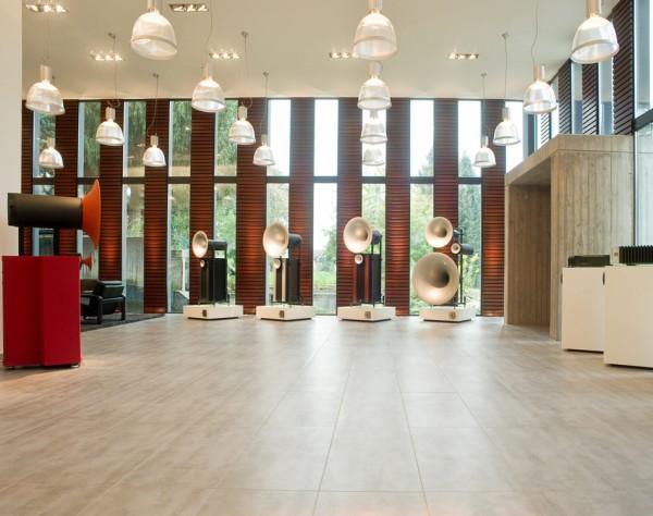 2012-09-25-showroom08